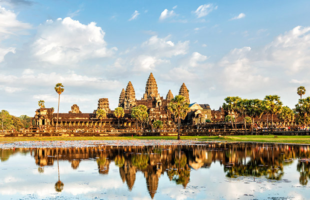 Angkor Wat Tour & Best Local Food Experience