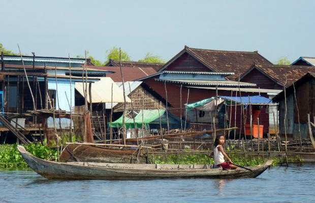 Kompong Khleang Floating Village Small-Group Day Tour