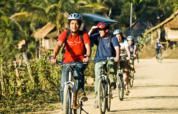 Explore Angkor Wat Biking Tour