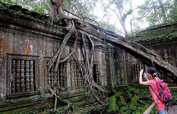 Beng Mealea Temple Trekking Day Tour
