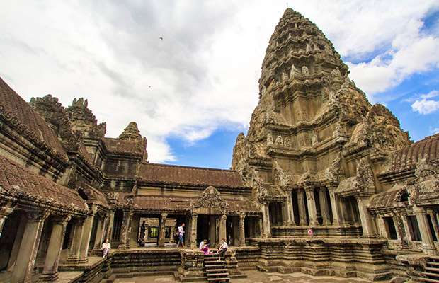 Discover Angkor Wat Highlight Private Tour