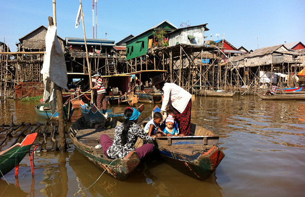 Kompong Phluk Floating Village Tour