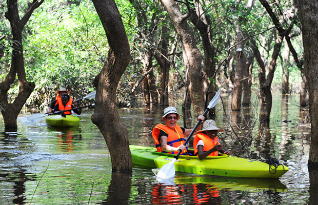 Siem Reap Countryside Cycling & Kayak Day Tour